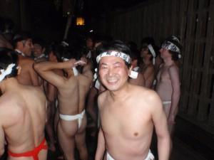 柳津七日堂裸まいり