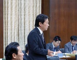 衆議院外務委員会 岸田外務大臣に質問