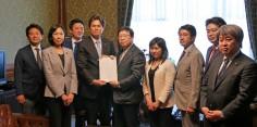 「種子法復活案」を衆議院事務総長に提出